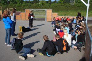 Elever fra Bavnebakkeskolen og Øster Hornum Skole mødes til fælles aktiviteter.