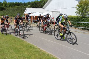 De voksnes cykelløb i forbindelse med Sommerfesten 2014.