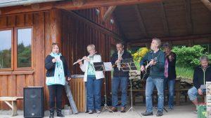 Til fællessangen ved grundlovsmødet 2013 var det en udvidet udgave af Harrild-kvartetten, der spillede til fællessangen.