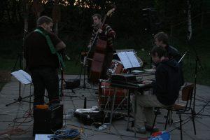 Et free-jazz-band fra Støvring Højskole gav en hyggelig koncert - også i 2007.