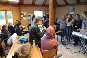I forbindelse med Udtryk 2012 spillede og sang først dette band.